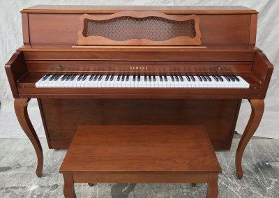 Yamaha M350 Console